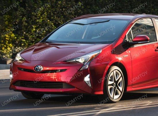 Toyota Prius OEM Fog Light DRL Kit