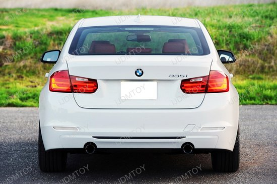 BMW F30 3-Series Bumper Reflector