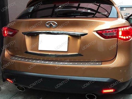 Infiniti Nissan LED Bumper Reflector