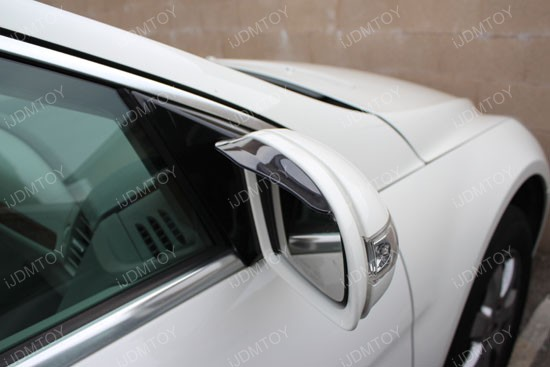 Universal fit side mirror sun shield or rain shield