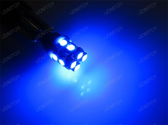 New!!! 360-Degree Shine Super Bright Xenon White or Ultra Blue 12-SMD T10 LED Wedge Light Bulbs 168 194 2825 921